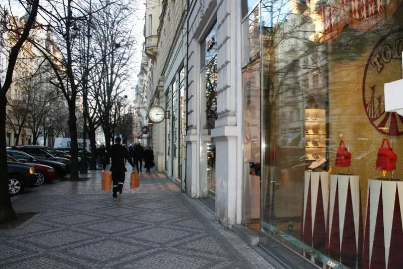 Winkelen in Josefov in Praag
