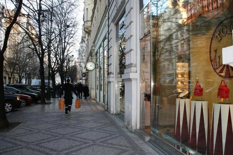 Luxe designerwinkels in Josefov, de Oude Joodse wijk in Praag