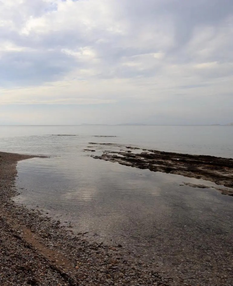 Het strand van Agistri