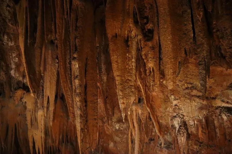 Grotten in Portugal bezoeken