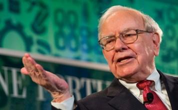 Warren Buffett Berkshire Hathaway oběd s nejbohatším investorem