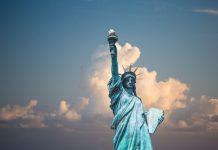 Prospekt zníženia amerických daní pomohol doláru aj akciám