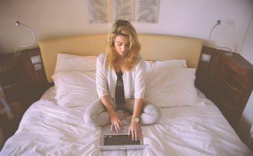 Virtuálny asistent/asistentka, alebo ako delegovať pracovné úlohy a ušetriť svoj čas