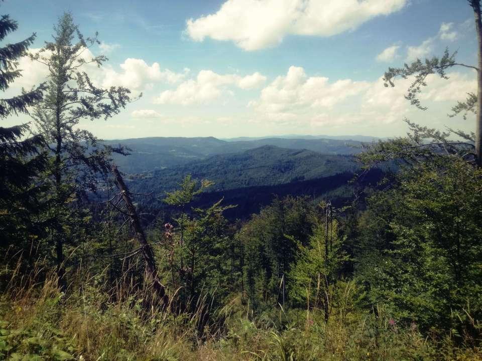 Z Brennej na Baranią Górę widok na góry