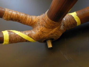 Łączenie tyczek w bambusowym rowerze Efekt 10
