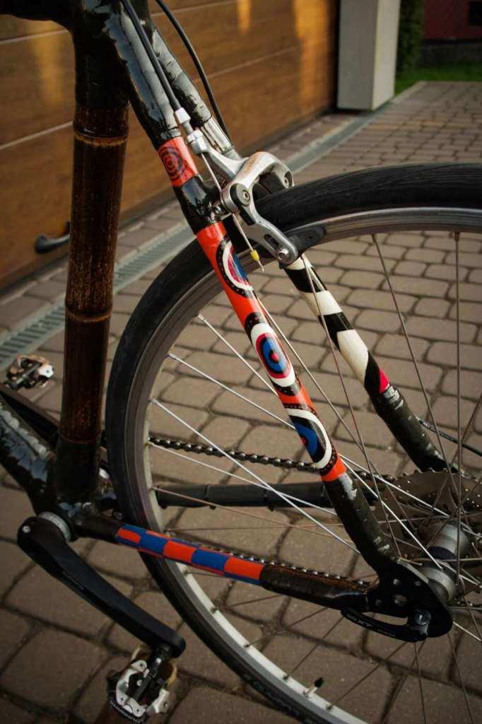 Bambusowy rower Marcina trójkąt tył