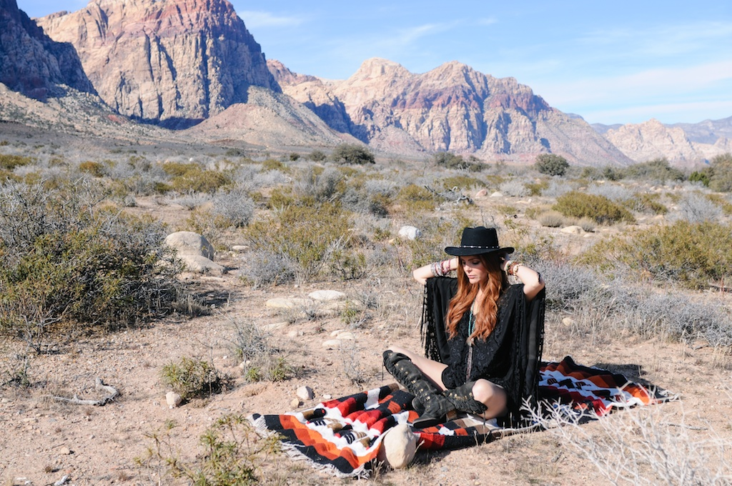 boho-bunnie-johnny-was-jeffrey-campbell-mexican-blanket-western-fashion-blogger-kimono-fringe 24
