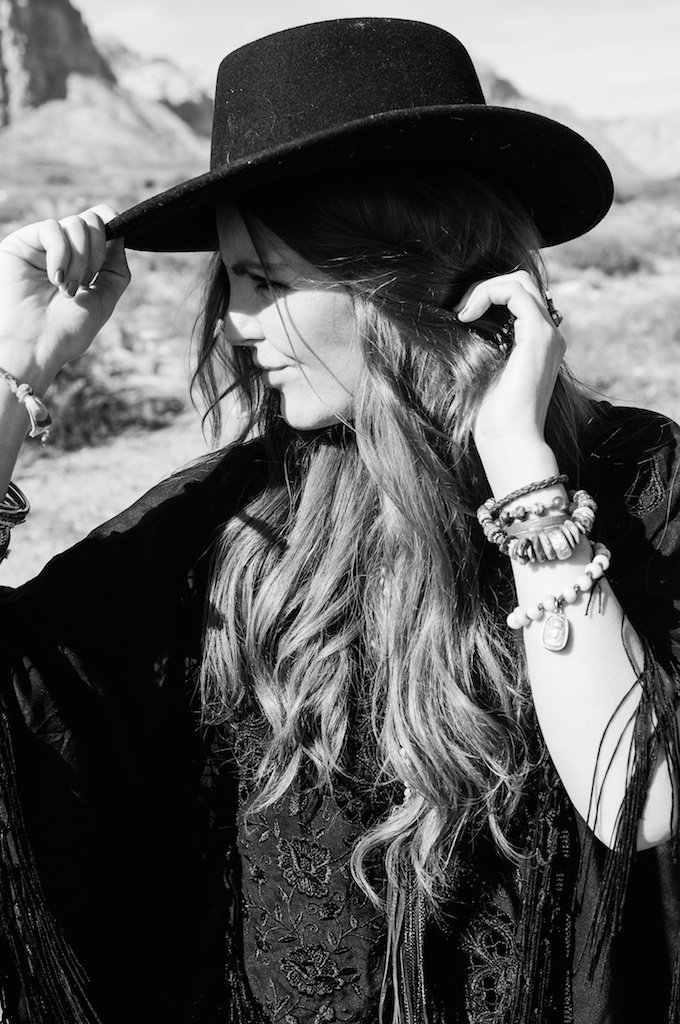 boho-bunnie-johnny-was-jeffrey-campbell-mexican-blanket-western-fashion-blogger-kimono-fringe 41