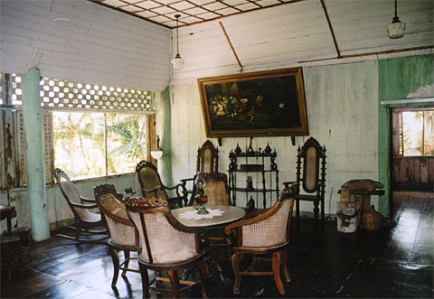 Sala Of The Clarin Ancestral House