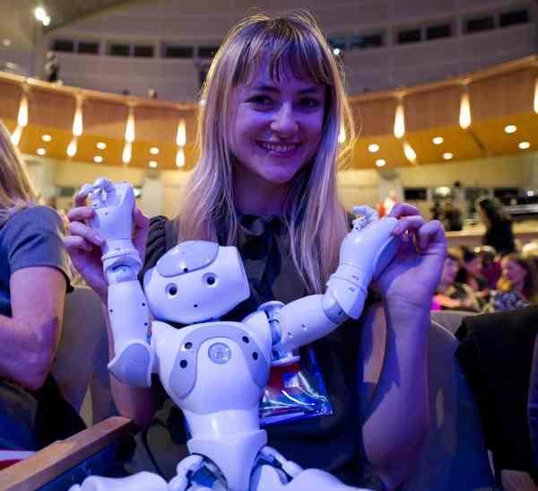 TEDWomen_01449_D31_6346_c_pr.jpg