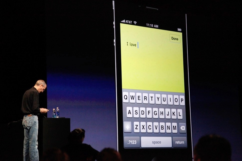 High-def iPhone 4 announced at Steve Jobs' Keynote: