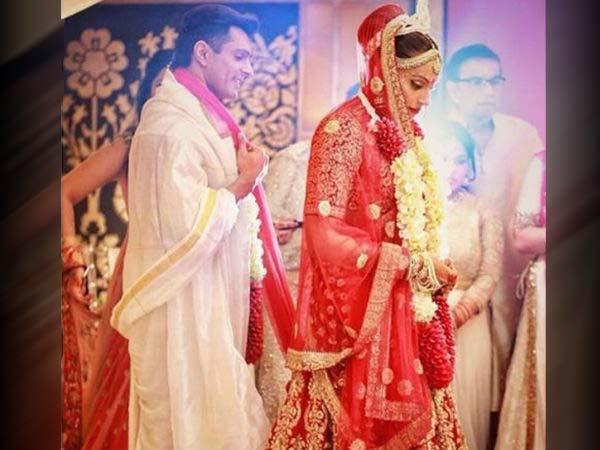 Bipasha Basu Wedding Lehenga