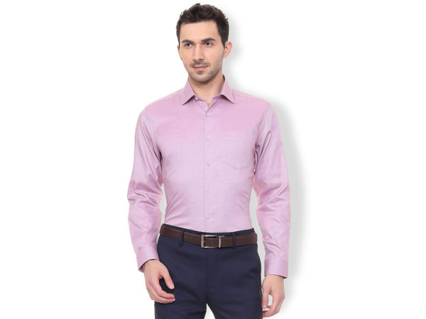 Blue pant combination with plain pink shirt