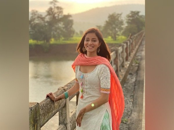 Ananya Panday In Tricolour Ethnic Suit