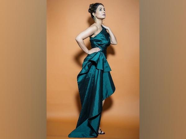Hina Khan's Stylish Green Dress For Bigg Boss 14