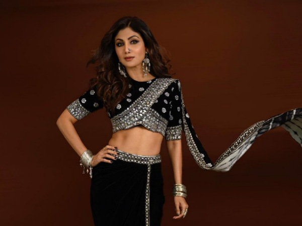 Shilpa Shetty Kundra In Her Saree-Inspired Black Outfit For Super Dancer Chapter 4