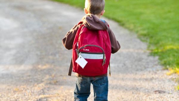 COVID-19: स्कूल कम जोखिम पैदा करते हैं