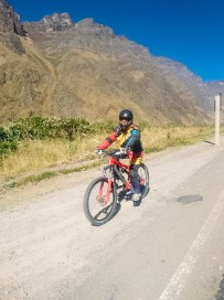 Death Road Mountain Biking Bolivia -4- July 2015