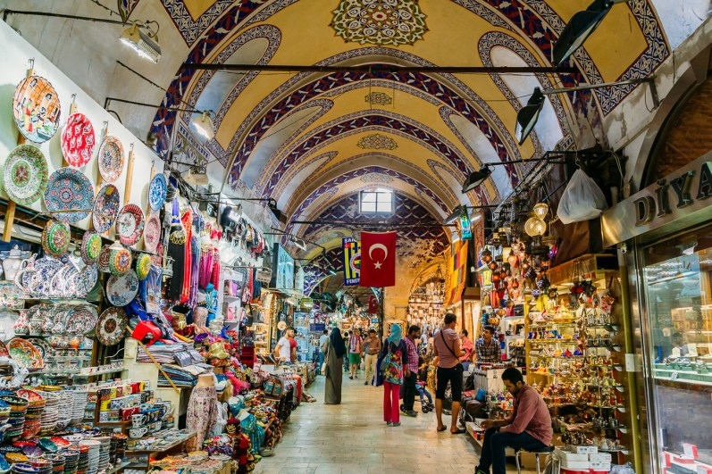 Exploring the thousands of stalls and vendors in the Grand Bazaar (Kapalıçarşı) in Istanbul Turkey