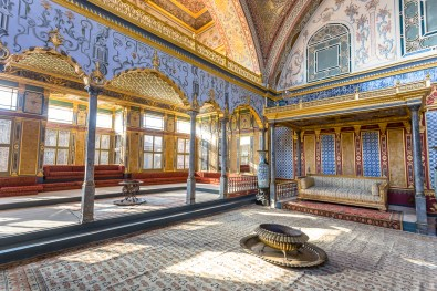 Exploring the opulent Topkapi Palace of the Ottoman sultans