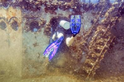 Diving Koh Kood - HTMS Chang Shipwreck -16