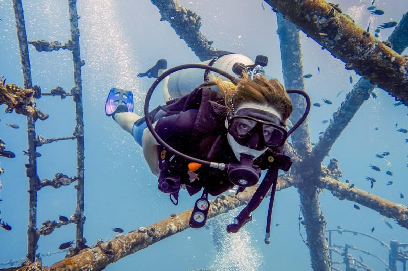 Diving Koh Kood - HTMS Chang Shipwreck -29