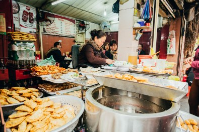 Hanoi Food Tour by Motorbike -30
