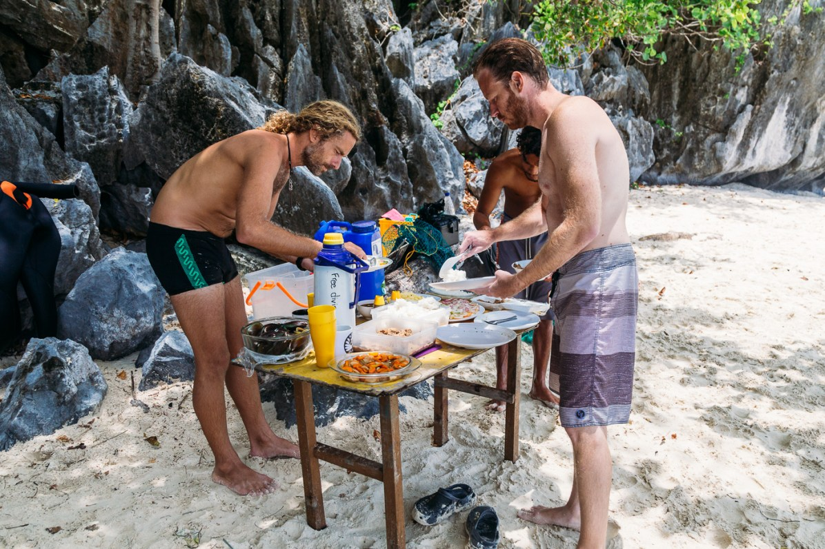 Delicious beach feast with Palawan Divers El Nido