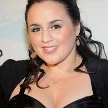 """Nikki Blonsky hits Atlantic City in """"My Big Gay Italian Wedding"""""""