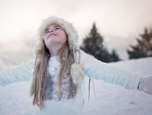 bambina neve inverno