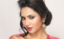Arshi Khan-Wiki-Biography-Personal-Details-Age-Social-Media-Bigg-Boss-11