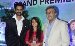 Gujarati-Film-Grand-Premiere-Chaal-Jeevi-Laiye