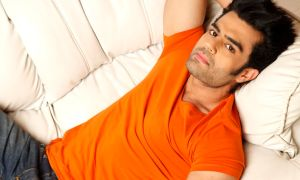 Manish Paul, female, fan