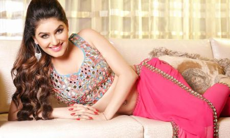 Great Grand Masti, Actress, Kangna Sharma, Riteish Deshmukh, Vivek Oberoi