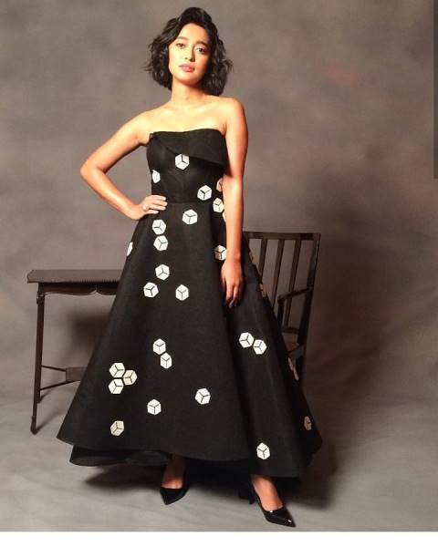Hot web series four more shots actress sayani gupta