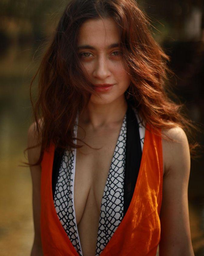 Sanjeeda Sheikh 13 Hot Stunning Pictures