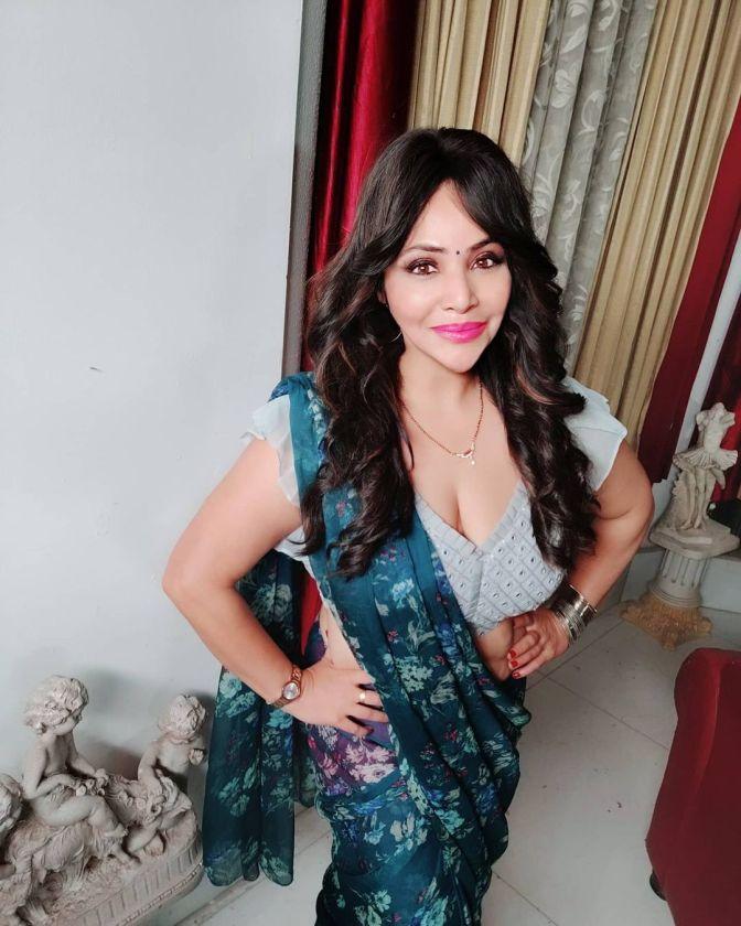 Kooku Actress Rajsi Varma 11 Hot Pictures