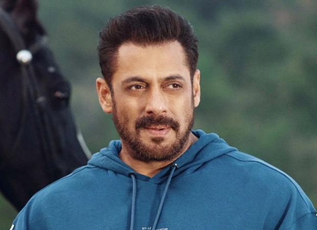 Salman Khan takes the first dose of COVID-19 vaccine