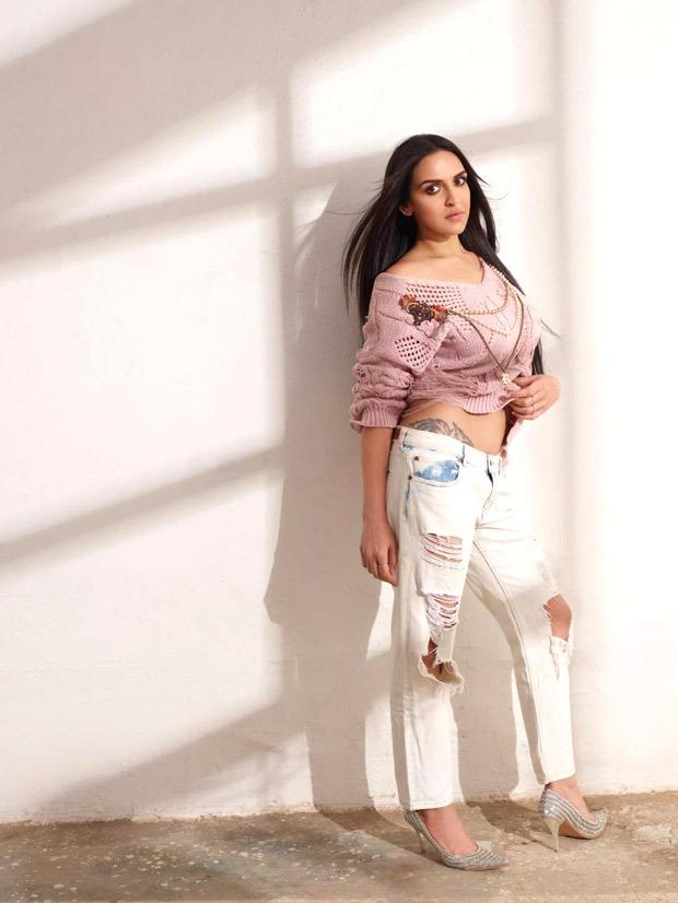 Esha Deol reveals her new tattoo near her waist