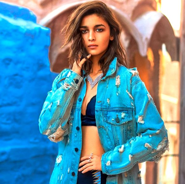 After Brahmastra and Kalank, Alia Bhatt announces her next 'light-hearted' project