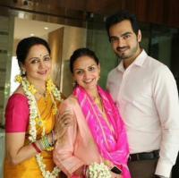 Esha Deol and Bharat Takhtani with Hema Malini