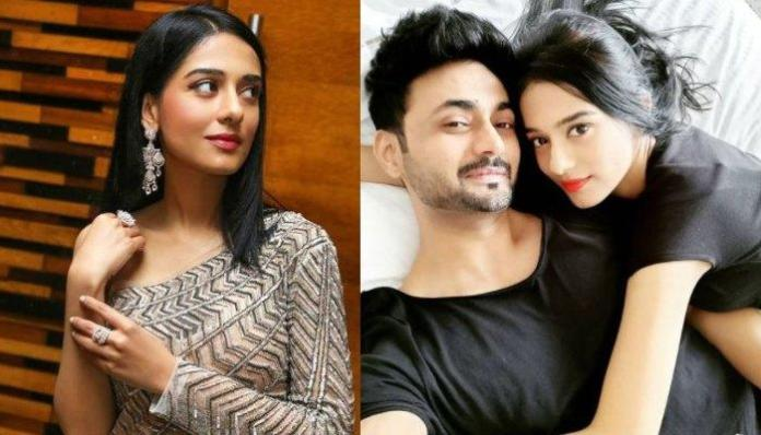 Amrita Rao Hilariously Corrects 'Sweetheart', RJ Anmol When He Called Himself Her 'Numero Uno' Hubby