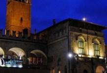 arte e scienza in piazza palazzo re enzo