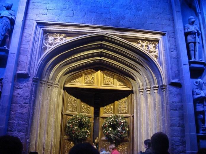 The Making of Harry Potter - Entrada do Salão Comunal