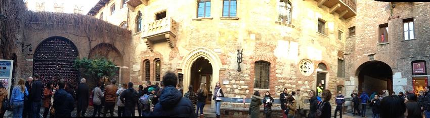 Panorâmica Casa De Julieta Cidade De Verona Foto De Susan Buranelo