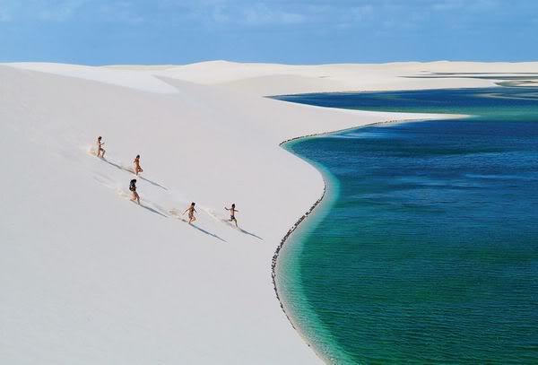 Lagoa Azul dos Lençóis Maranhenses
