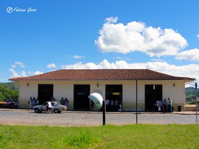 Vista da rodoviária de Ouro Preto. Acredite, é bem maior por dentro.