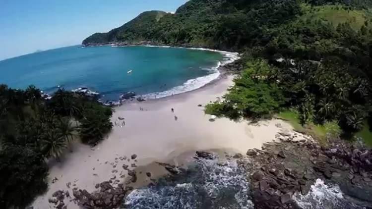 Praia das Calhetas em São Sebastião