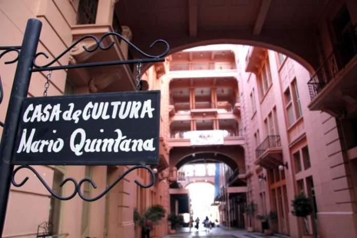 Casa de Cultura Mário Quintana é um dos passeios em Porto Alegre