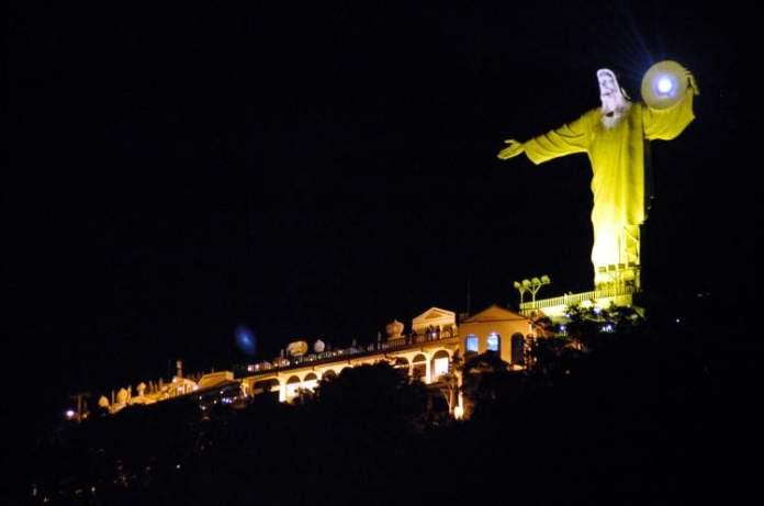 Complexo Cristo Luz é um dos passeios que você não pode deixar de fazer quando for a Balneário Camboriú